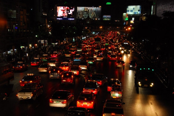 Thai06nighttraffic