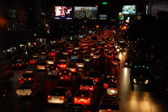 Thai06nighttraffic