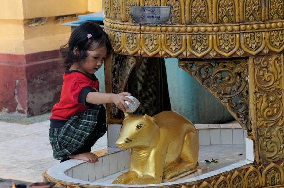 Friday Buddha, Schwedagon Pagoda, Yangon Burma